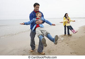 家族, 遊び, 上に, 浜