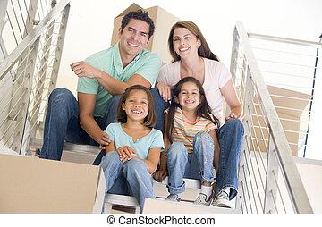 家族, 階段, モデル, 箱, 新しい 家, 微笑