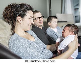 家族, 2, 若い, 家, 子供, 幸せ