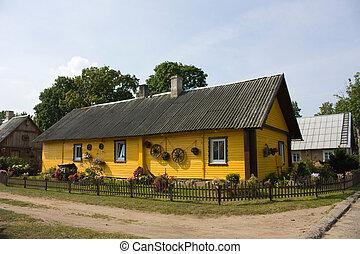 家, リトアニア人, 村