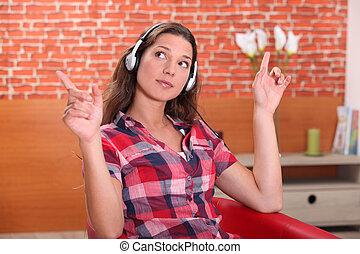 家, 妇女, 音乐, 年轻, 听