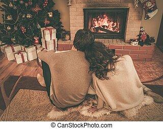 家, 恋人, 内部, 飾られる, 暖炉, クリスマス