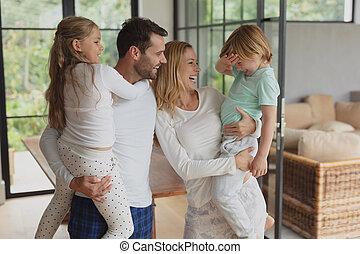 家, 親, 子供, ∥(彼・それ)ら∥, 保有物