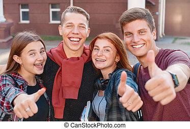 寄付, 親指, 大学, 幸せ, グループ, の上, 微笑, 背景, 生徒