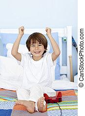 寝室, 男の子, 遊び, videogames, 幸せ