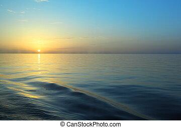 察看, 从, 甲板, 在中, 巡航, ship., 美丽, 日出, 在下面, water.