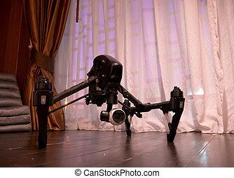 専門家, カメラ, 無人機, 上に, 木製である, floor.