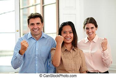 専門家, ビジネス チーム, ∥で∥, 勝利の印