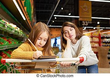 小さい母, 買い物, スーパーマーケット, 娘