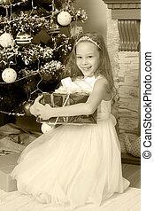 小さい王女, クリスマスの ギフト, 木。