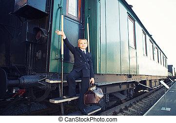 小さい 男の子, スーツケース