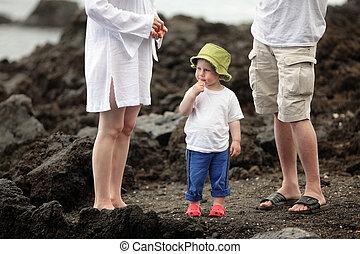 小さい 男の子, 上に, a, 浜