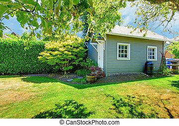 小屋, 日当たりが良い, 灰色, 緑, 小さい, backyard.