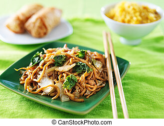 小雞, 低 mein, 中國食物