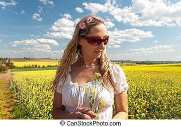 小麦, 女, canola, 国, 地位, フィールド