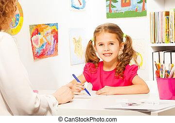 就学前 教師, 助力, 生徒, ∥で∥, クラス, 仕事