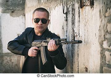 屋外で, 自動, 人, ライフル銃