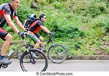 屋外, 山, 友情, 自転車
