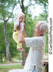 屋外, 息子, 彼の, アジア人, 楽しみ, 祖父, 持つこと
