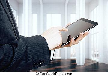 屋根裏, タブレット, デジタル, ビジネスマン, 使うこと, 空 部屋
