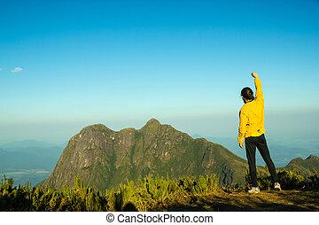 山の 上, 人, 成功, 祝う