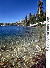 山脈 ネバダ, 湖