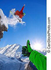 山, に対して, 高い跳躍, 青い空, スノーボーダー