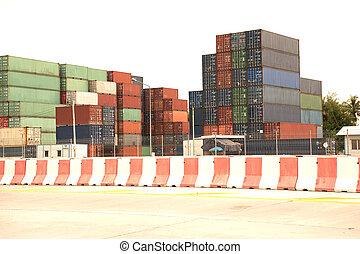 山, の, 貨物, containers.