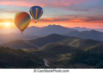 山, カラフルである, 上に, 飛行, 風船, 温風
