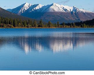 山, 反映, snowcapped, 湖, lapie, 育空河