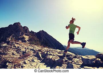 山, 女, ランナー, 上, 小道ラニング
