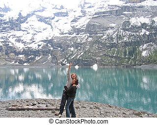 山, 女, 跳躍, 湖, oeschinensee, スイス, レイクショア, 人