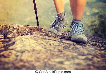山, 婦女, 徒步旅行者, 頂峰, 攀岩, 腿