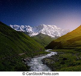 山, 川の景色, svaneti
