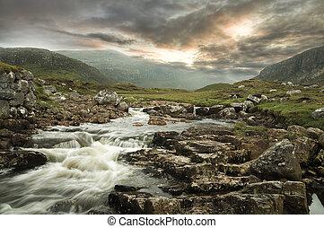 山, 川, bac, 流れること