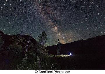 山, 星が多い, 高く, 驚かせること, 星, 夜, 落ちる