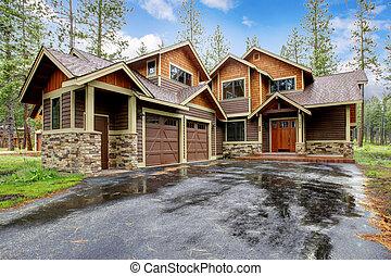 山, 石造りの家, 大きい, ぬれた, キャビン, driveway.