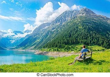 山, 若い, ベンチ, オーストリア, 湖, 座る, 人