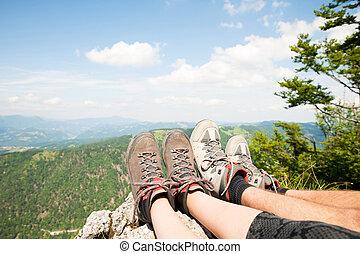 山, 足, 休む, 上に, 女性, 彼女, 光景, ピークに達しなさい