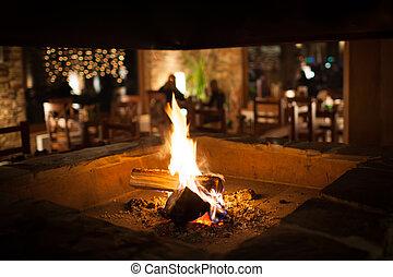山, chalet's, 木製である, 暖かい, 内部, 暖炉, 保温カバー