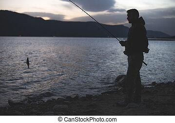 山, light., lake., 低い, 人, 日の出, 釣り