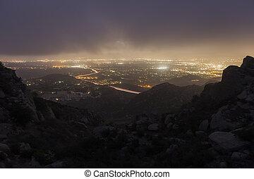 岩が多い, アンジェルという名前の人たち, los, 霧, カリフォルニア, ピークに達しなさい, の上