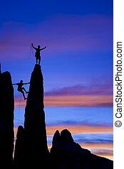 岩, チーム, 登山家, summit., 手を伸ばす