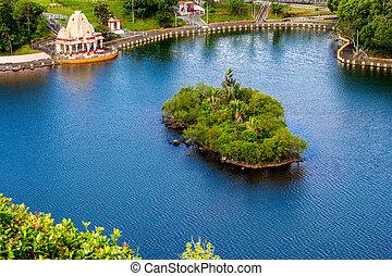 島, ∥で∥, トロピカル, 草木の栽培場, 中に, ∥, 青い湖