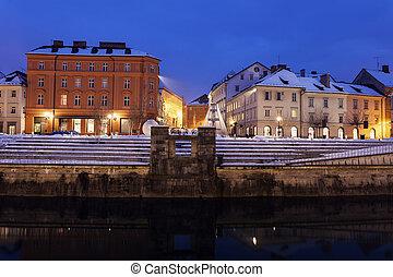 川, ljubljanica, 前方へ, 建築