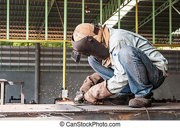 工人, 在中, 建造, 工业, 磨碎, 金属