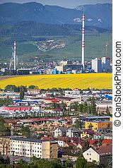 工場, mondi, 中に, 町, ruzomberok, スロバキア