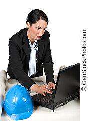 工程師, 婦女, 在, 辦公室, 由于, 膝上型