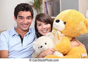 巨人, テディ, 恋人, 若い, 熊, 坐らせる