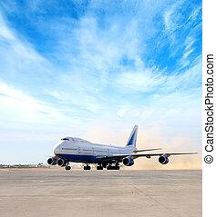 巨人, 飛機, 在, 機場